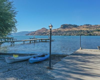 Amazing Kalamalka lakefront property, steps to your private beach - Vernon