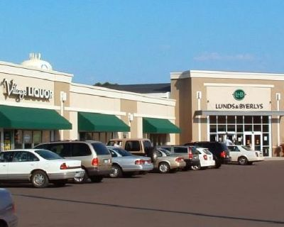 Lease Office Space at South Lake Village in Prior Lake - Anchored by Lunds and Byerly's