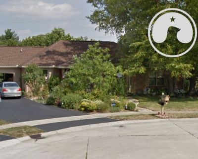 Huge Estate Liquidation in Carmel, IN: Over 700 Lots of Everything!