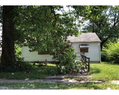 2 Bed Preforeclosure Property in Indianapolis, IN 46218 - Wallace Ave