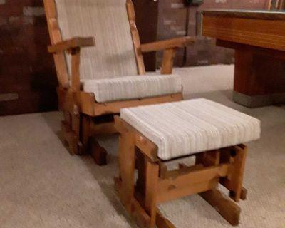 Rocking Chair / Glider with ottoman