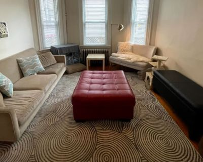 Private room with shared bathroom - Somerville , MA 02143