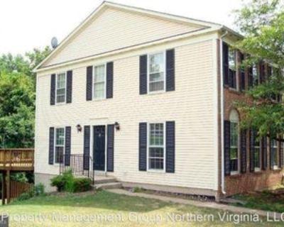3833 Foxfield Ln, Greenbriar, VA 22033 4 Bedroom House