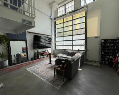 Bohemian, Artist Loft Drenched in Natural Light, Los Angeles, CA