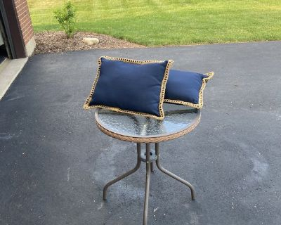 24 Glass Top Patio/Bistro Table with 2 navy blue 19 x 13 pillows