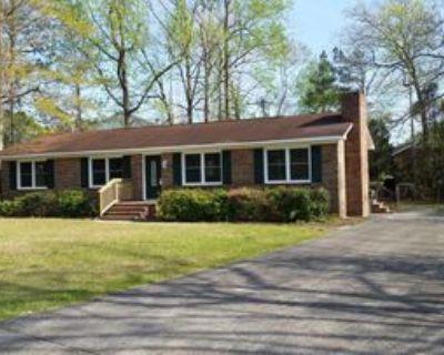 111 Oakwood Drive, Havelock, NC 28532 4 Bedroom House