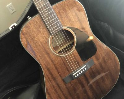 Fender American Natural Dreadnought Acoustic Guitar and Hard Case