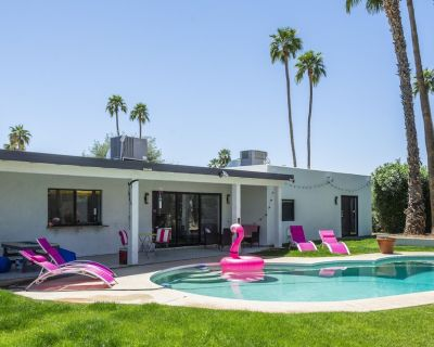Pink House/Pool , Girls Night Out, 5mins from Scottsdale Quarters - Raskin Estates