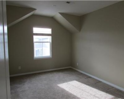 Townhouse for Rent in Greenwood Village CO