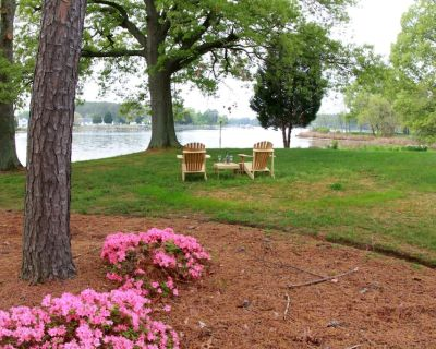 Osprey Point - Tranquil Waterfront Cottage w/ Pool & Kayaks - Pets Welcome! - St. Michaels