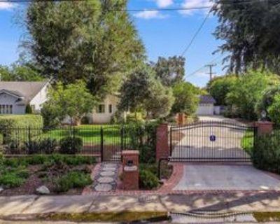 23556 Califa St, Los Angeles, CA 91367 3 Bedroom House