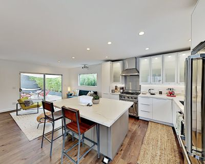 Modern Hideaway | Home Theater, Office & Chef s Kitchen | All-Suite Layout - Atwater Village