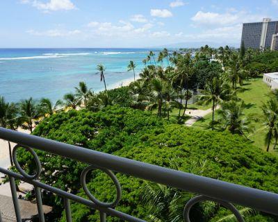 Newly Renovated Ocean View Studio Beach Front Property - Waikiki