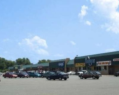 Plantation Plaza Shopping Center