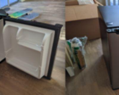 Compact Refrigerator, 1.7 Cu.Ft Single Door Fridge
