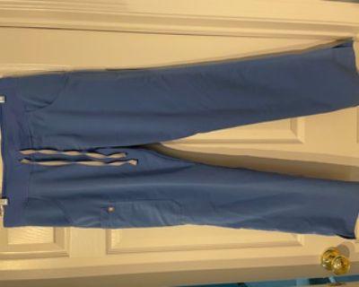 New FIGS Scrub Pants- Women's Size Medium