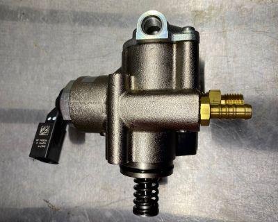 FS-High Pressure Fuel Pump For 2.0T AUDI A3 S3 TT TTS VW Seat Skoda 06F127025K