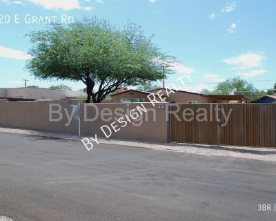 Remodeled - 3 Bed 2 Bath - Large Walled/Fenced Yard - 1.5 Miles to UofA