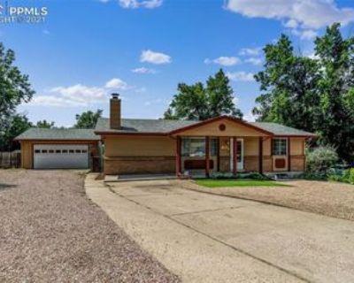 613 Bridger Ln, Colorado Springs, CO 80909 3 Bedroom Apartment