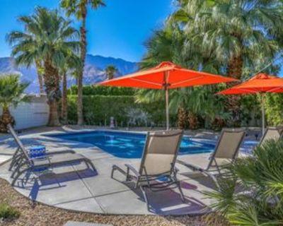 688 E Spencer Dr, Palm Springs, CA 92262 3 Bedroom House