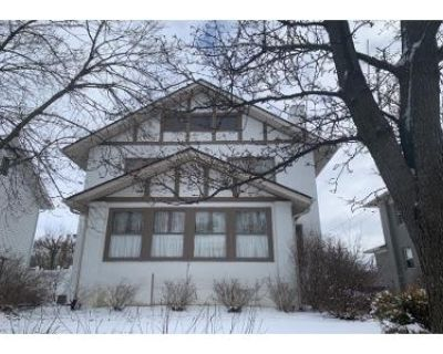 4 Bed 1 Bath Preforeclosure Property in Brookville, OH 45309 - Maple St