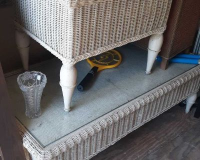 Wicker coffee and end table set