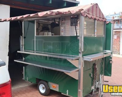 Compact 2004 - 4' x 8 Food Concession Trailer / Mobile Kitchen