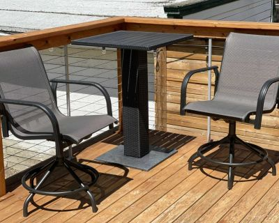 Patio Chairs and Table (EUC)
