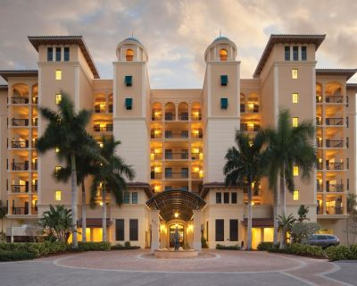 3 Bedroom, 3 Bath Suite; Perfect for large families/groups - Marco Island