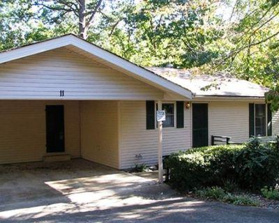 11MariLn | Lake DeSoto Area Home | Sleeps 6 - Hot Springs Village