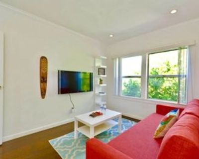 1811 Ivar Avenue #2, Los Angeles, CA 90028 3 Bedroom Apartment