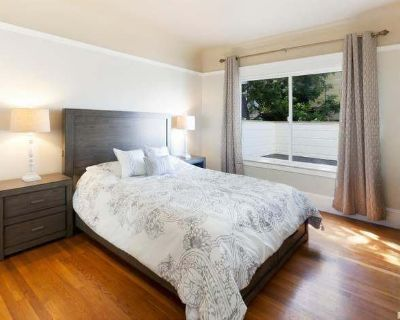 Fully Furnished Rooms with Private Bathroom