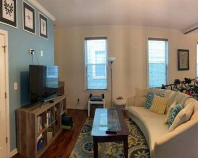 Private room with shared bathroom - Norfolk , VA 23508