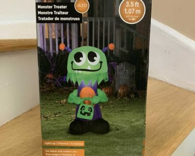 Halloween Monster Inflatable Decoration