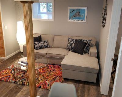 NEW Modern Apartment Near Boston & Harvard Square. - Watertown