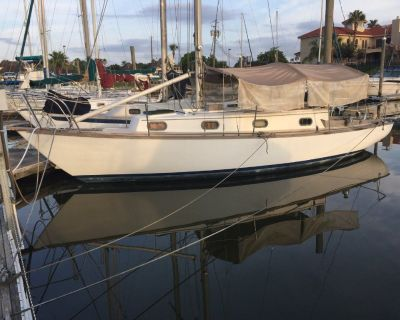 30' Cape Dory Cutter Rig Sailboat 1981