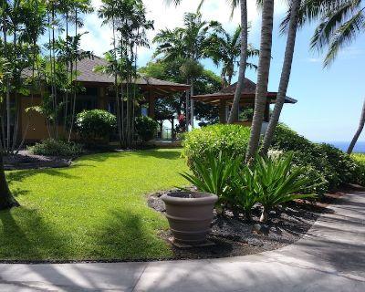 Rare Beauty and Luxury at Kealakekua Bay - Honaunau-Napoopoo
