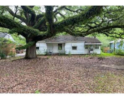 1 Bath Preforeclosure Property in Mobile, AL 36606 - Belmont St