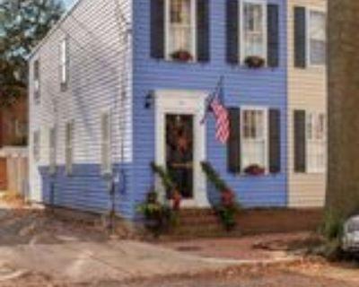 414 Queen St #1, Alexandria, VA 22314 3 Bedroom Apartment