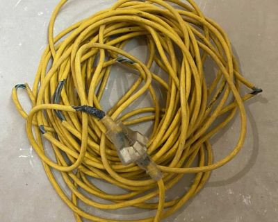 Long 3 outlet extension cord