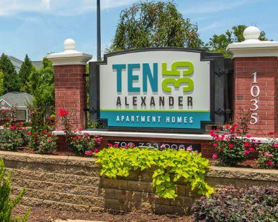 Ten35 Alexander