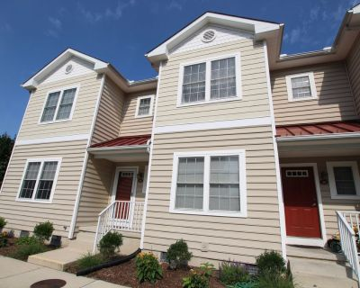 New Rental Listing July 2021, Pet Friendly With a Pool! - Rehoboth Beach