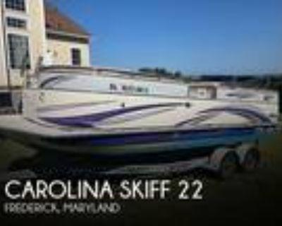 22 foot Carolina Skiff 22