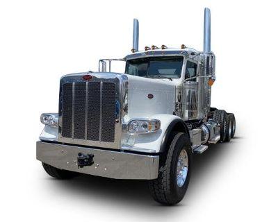 2022 PETERBILT 389 Day Cab Trucks Truck
