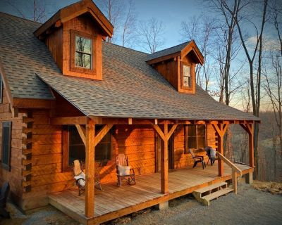 Tupelo - Hand hewn private log cabin with views - Hocking County