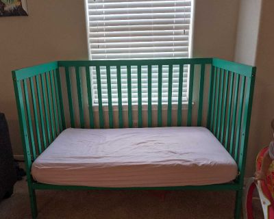 Emerald colored crib/toddler bed
