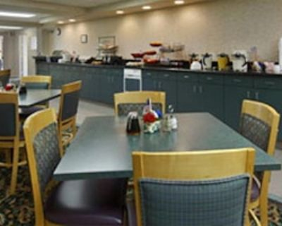 Semi-private Meeting Space for 70 at Rodeway Inn & Suites Shreveport
