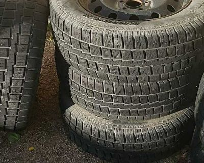 """Set of 4 cooper Discoverer mud and snow tires and 17"""" steel rims"""