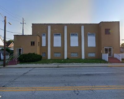 Mixed Used Building Opportunity with View of Downtown Indy