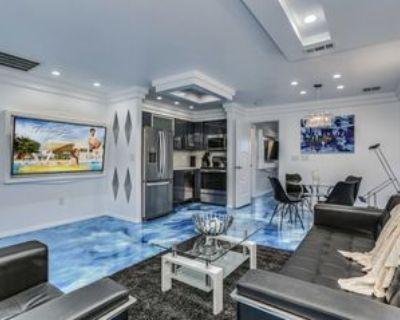 370 South Calle El Segundo #D, Palm Springs, CA 92262 1 Bedroom Condo